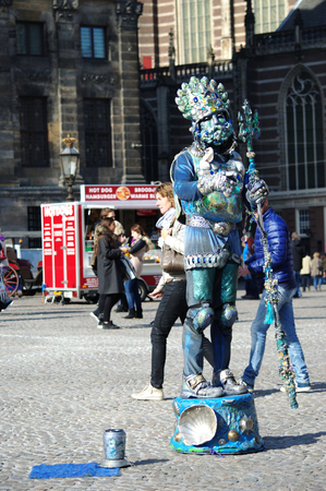 showman: Netherlands, Amsterdam, 11th, October, 2015 - Showman in Dam square