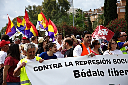 protest: Seville - Spain - 28th May 2016 - Dignity March, a political protest