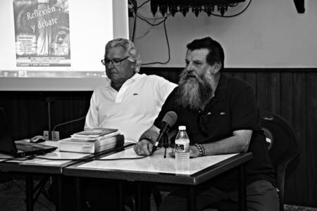 carmona: Guadajoz - Carmona - Seville - Spain - 3rd June 2016 - Lecturer