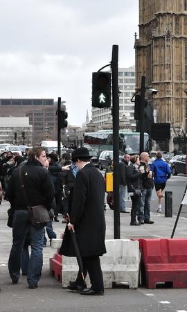 Businessman in London  Men in suit, walking  Europe