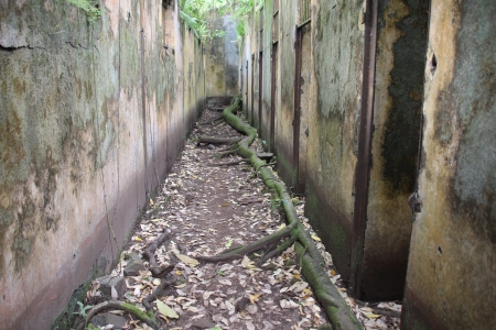 abandonment: French Guiana - The islands of Hi