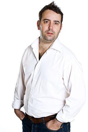 bloke: Casual Male permanente isolati contro sfondo bianco