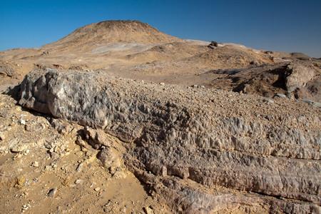 mountain oasis: Crystal mountain, the hill near Farafra oasis ,Egypt