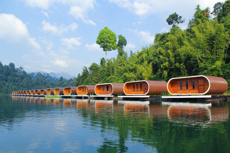 raft: Raft House in Ratchaprapha Dam, Surat Thani , Thailand