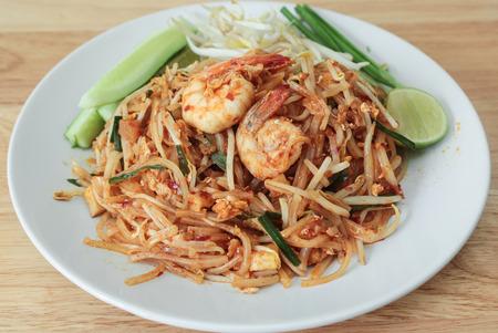 quick snack: Thai style noodles