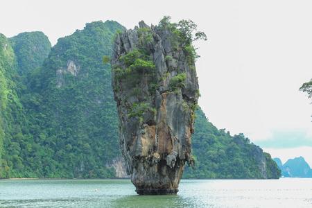 james bond: James Bond Island is a limestone located in Ao Phang Nga national park, Thailand Stock Photo