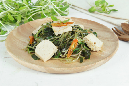 protien: fried sunflower sprout with sauce and tofu, thai style
