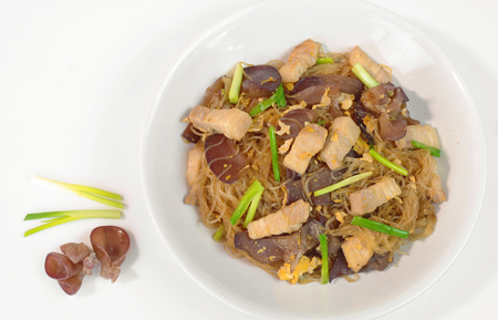 Stir-fried vermicelli noodle with pork and black mushroom