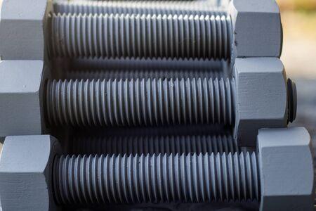 Industrielle Stehbolzen aus Metall mit metrischem Gewinde Standard-Bild