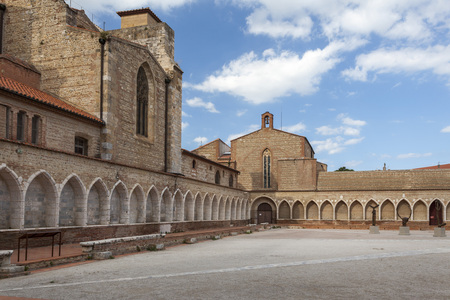 mortician: PERPIGNAN,FRANCE-JULY 23,2014:Architecture ancient religious building, Cathedral Basilica of Saint John the Baptist, detail of Campo Santo, mortician cloister, gothic style, Perpignan. Editorial