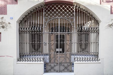 사바 델, 스페인 -2 월 22,2017 : 고대의 호텔 Suizo, 스위스 호텔, Juli Batllevell Sabadell, 카탈로니아, 스페인에 의해 현대 스타일에 예술적 문.