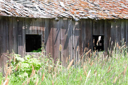 Weathered old Barn Stock Photo - 24263788