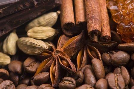 aroma coffe. ingredients. coffe beens, anise, chocolate, cardamon, cinnamon, sugar Stock Photo - 5785304