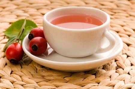 rosas naranjas: té de Rosa Mosqueta