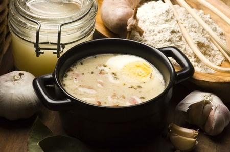 Sauerteig, zur, Zurek - Bestandteil einer traditionellen polnische Suppe