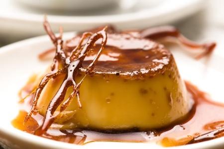 Köstliche Crème Caramel Dessert Lizenzfreie Bilder