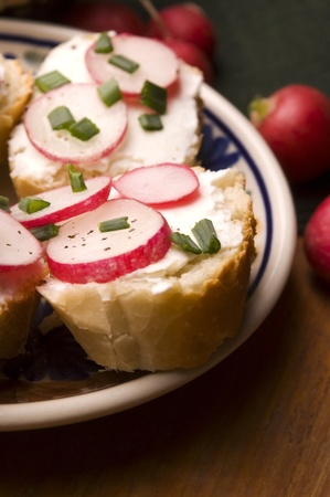 Sandwich with cheese, radish and chive - Healthy Eating  photo