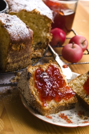 marmelade: Traditional Polish Cake with apple marmelade
