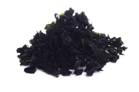 alga: wamake. dry brown alga