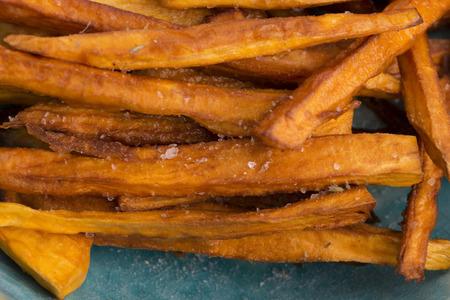 sweet potato: Dulces patatas fritas Foto de archivo