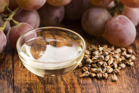 L'huile de pépins de raisin Banque d'images - 64966128
