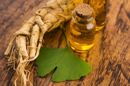 Extract of ginseng root and ginkgo biloba leaves