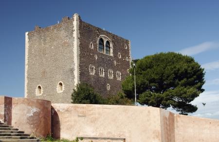 norman castle: Norman castle in Paterno, Sicily