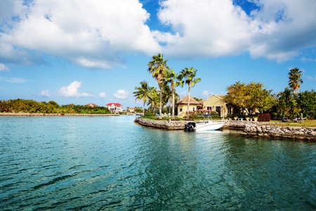 waterfront: Waterfront homes on Grand Cayman