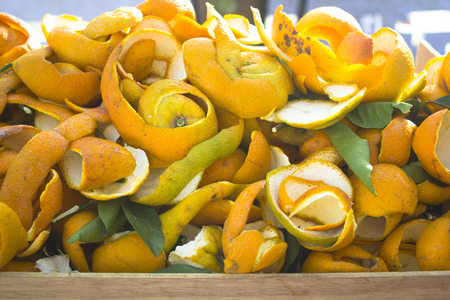 moroccan culture: Oranges and oranges peel in a Fez market, Morocco