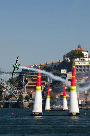 Red Bull Air Race 2017 Porto - François Le Vot plane flying pass gate