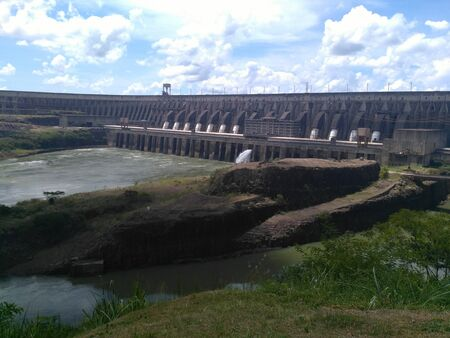 itaipu plant in the border of Brazil and Paraguay