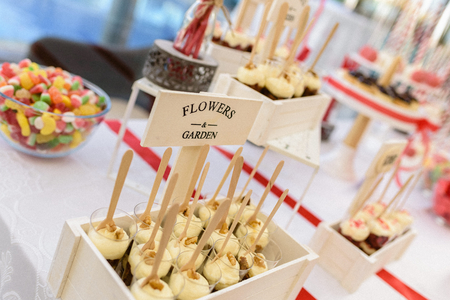 Wedding deserts in candy bar