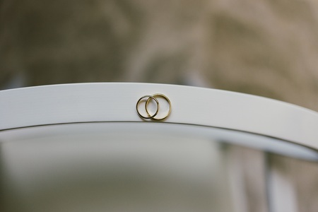 Pair of elegant wedding rings Stock fotó