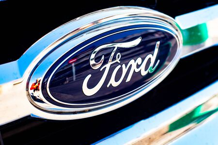 Valencia, Spain - January 13, 2019: Logo of the car manufacturer Ford in a parked vehicle. Redakční