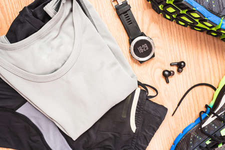 Accessories, shoes and new clothes for running, taking advantage of modern technology.