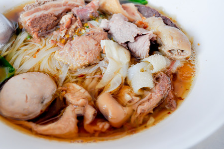 chinese noodle: chinese noodle recipe on the table