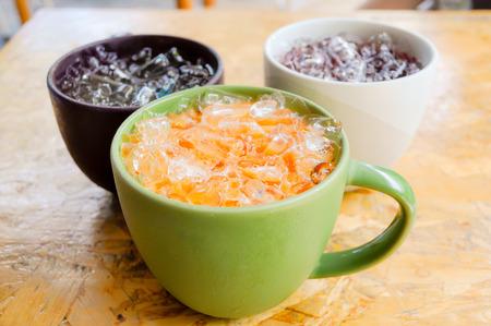 iced tea: iced tea with milk