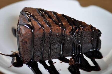 chocolate cake with chocolate topping 版權商用圖片