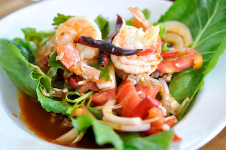 spicy salad or vermicelli and shrimp salad Banque d'images