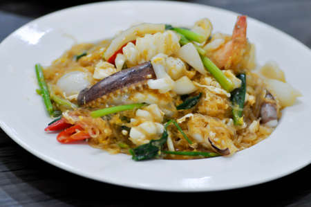 tir fried squid ,shrimp and vermicelli or tir fried seafood