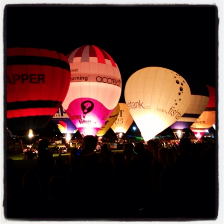 glow: The night glow at The Bristol International Balloon Fiesta Stock Photo