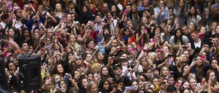 Crowd of fans at Kim Kardashians appearance in Melbourne, Australia on 21 September 2012