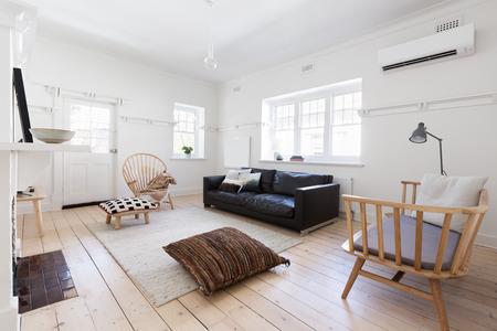 Gerenoveerde oude en ruim appartement met prachtig Scandi eigentijdse styling