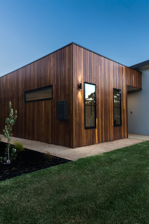 Wood cladding corner detail on a new Australian home Stock Photo