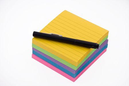 Gekleurde kleverig notitieblok klaar om berichten
