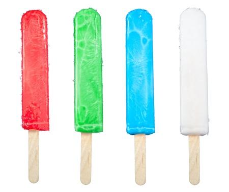 paletas de hielo: Un surtido de cuatro paletas de hielo aislados en blanco.