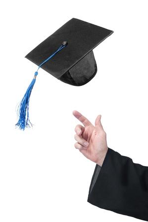 graduado: Un estudiante de la educaci�n pone a su graduaci�n de la tapa del Dise�ador de celebraci�n puede usar s�lo la tapa o la mano si as� lo desean