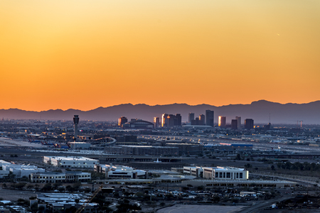An overlook from atop Mountain Butte of sunset over downtown Phoenix Arizona Banco de Imagens - 97208768