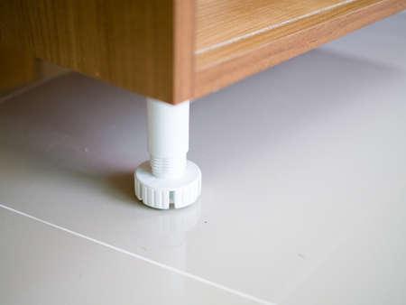 Close up adjustable plastic cabinet Leg kitchen leveler