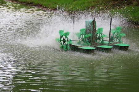 Electric water turbine machine for increase oxygen in waste water photo